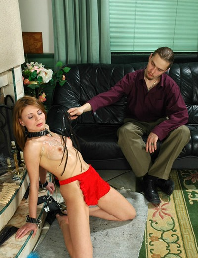 slaves-in-love-spanked-by-her-master